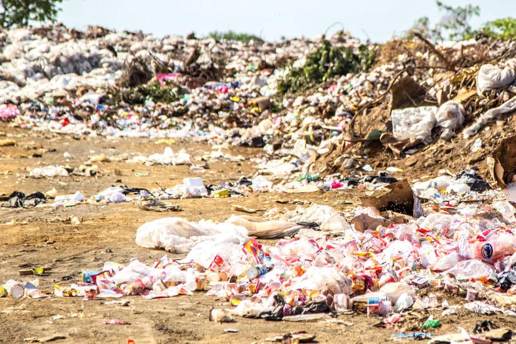 Plastik liegt umher